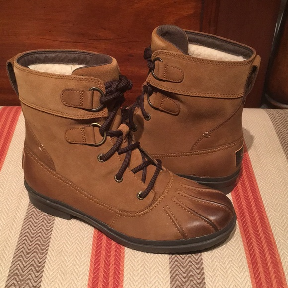 693715678fe 💕New UGG Waterproof leather Azaria Chestnut Boot